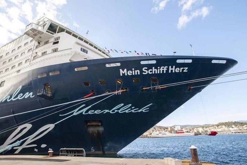 Tui-Cruises-Mein-Schiff-Herz