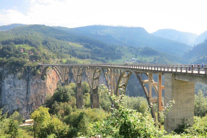 Brücke über die Taraschlucht